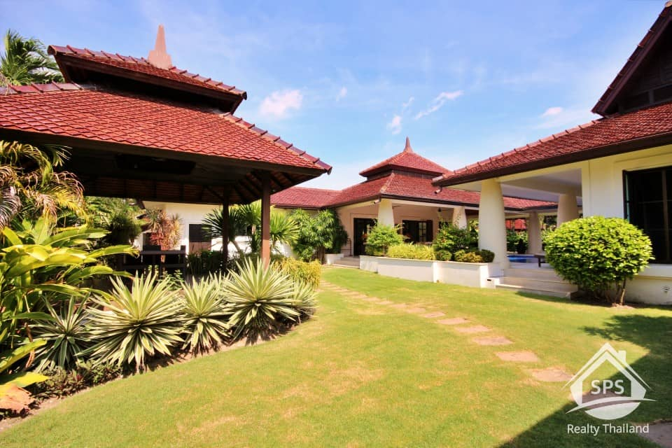 Hua Hin Real Estate Sanuk Residence