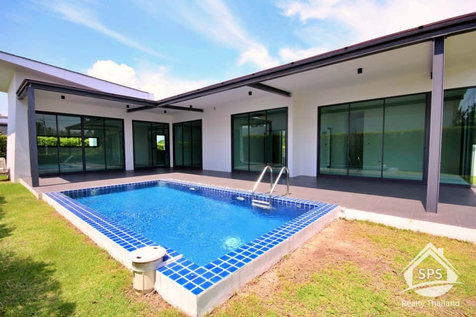 Hua Hin Real Estate 3 Villas By Phu Montra
