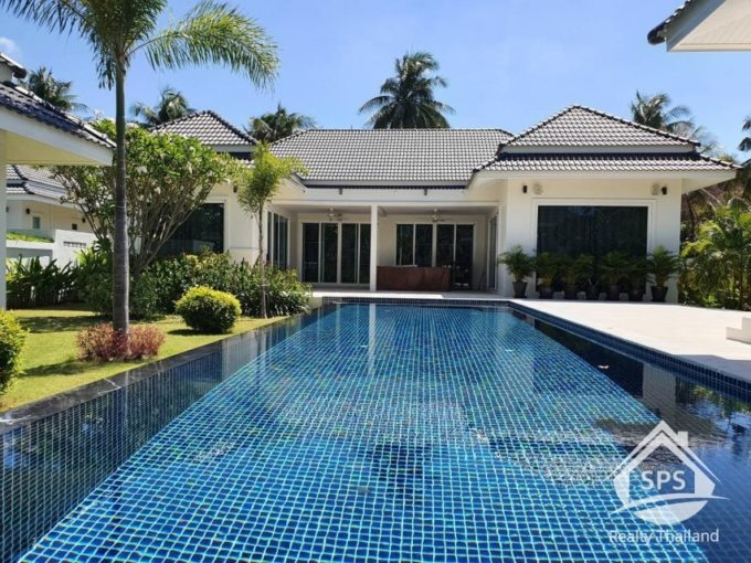Hua Hin Real Estate White Beach Villas