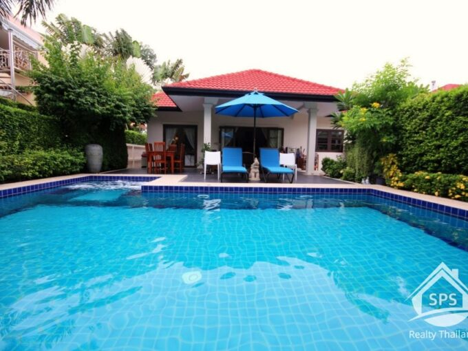 Hua Hin Real Estate Private Pool Villa in Soi 94 For Sale