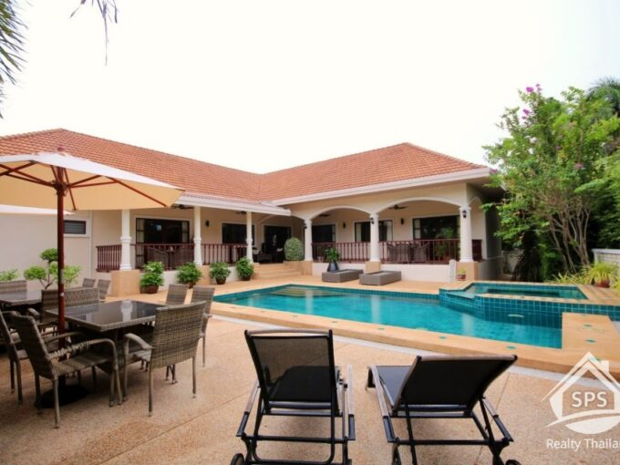 Hua Hin Real Estate Stuart Park Luxury Pool Villa For Sale
