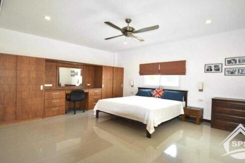 21-image-Nature valley-house-for-sale