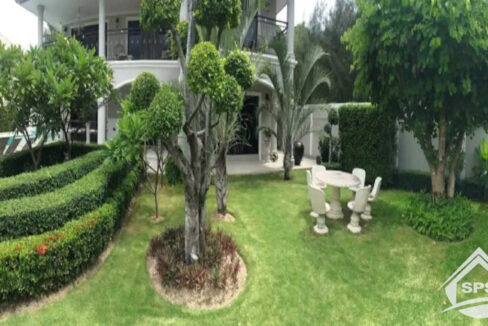 3-image-Houes for rent luxury pool villa Zeus 112 -house-for-rent