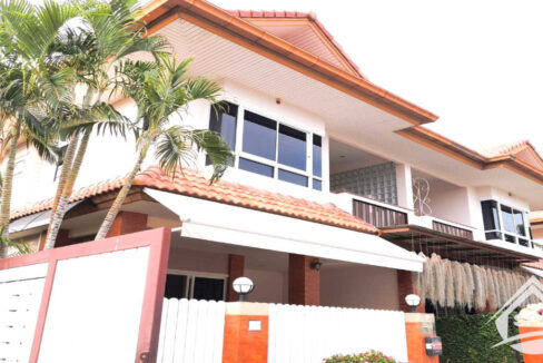 Hua Hin Real Estate Baan Kratai at Hua Hin 94 for rent