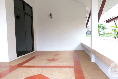 2-image-Houes for sale at Kao Takiab -house-for-sale