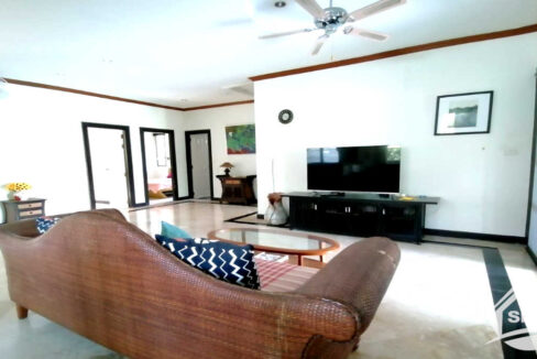 25-image-Houes for rent and sale at laguna -house-for-rent-sale