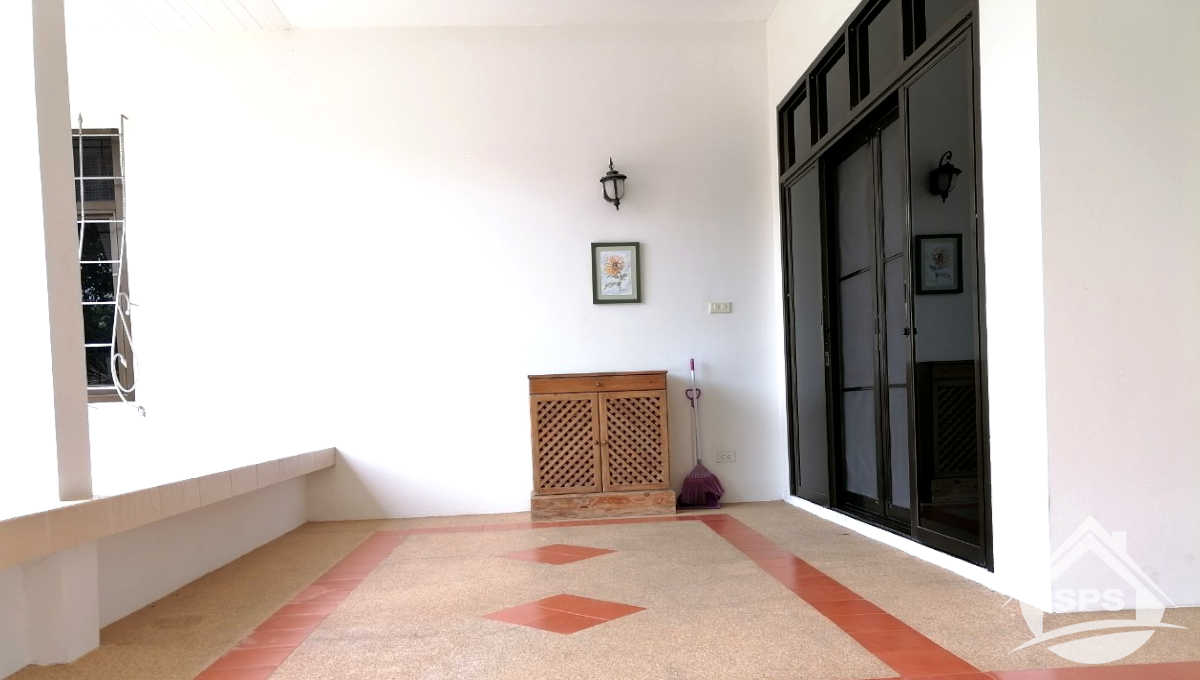 3-image-Houes for sale at Kao Takiab -house-for-sale