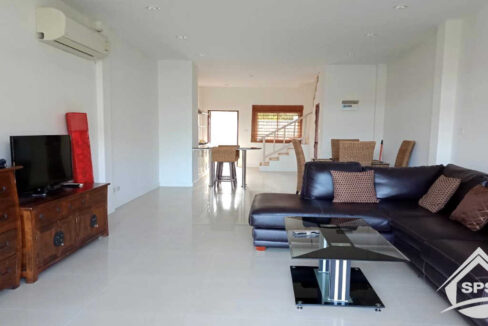 10-image-Houes for rent Avenue 88-house-for-rent