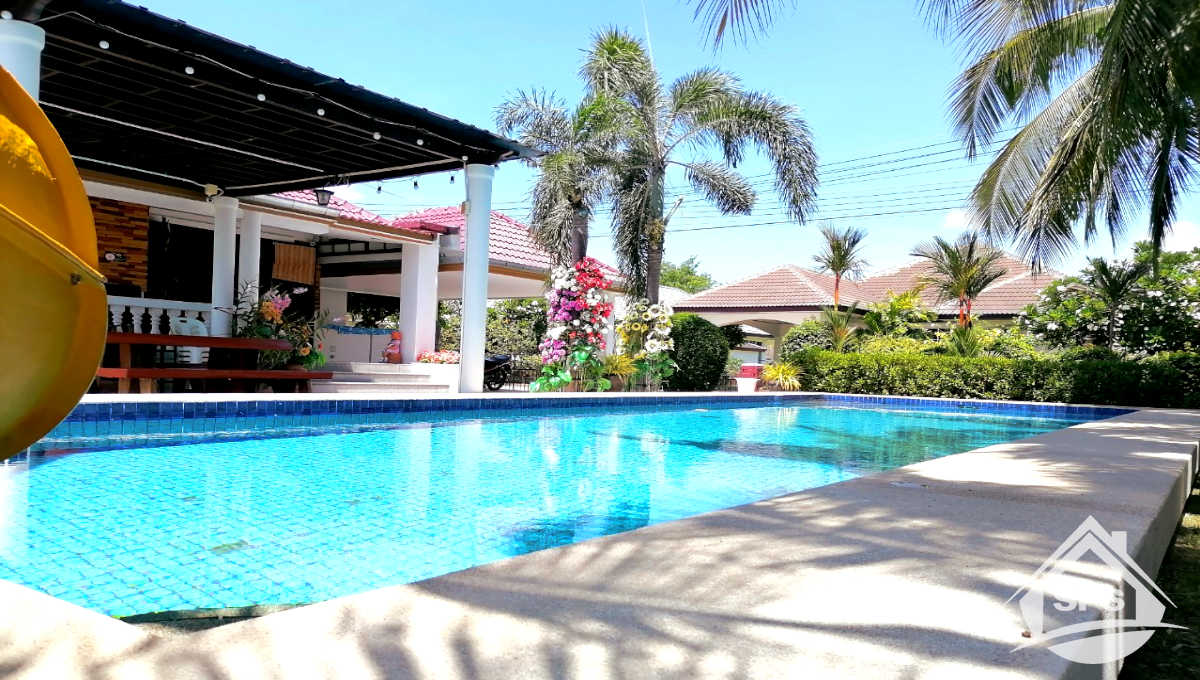 4-image-Laguna for rent Daily and Monthly-House-for-rent