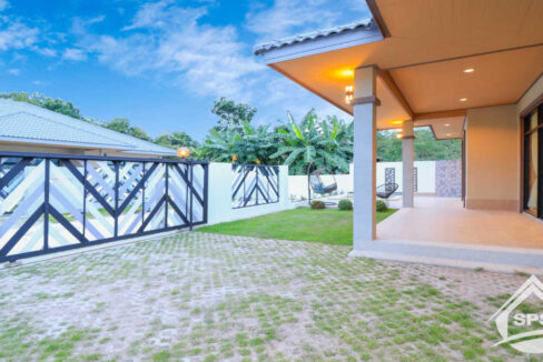 main-image-Modern Villa House for rent -House-for-rent